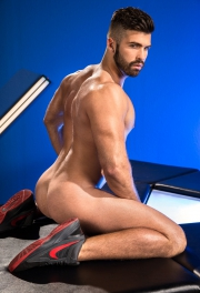 nude-guy.jpg